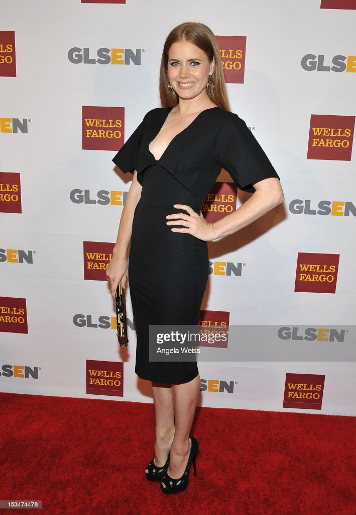 Actress <a gi-track='captionPersonalityLinkClicked' href=/galleries/search?phrase=Amy+Adams&family=editorial&specificpeople=213938 ng-click='$event.stopPropagation()'>Amy Adams</a> arrives at the 8th annual GSLEN Respect Awards at Beverly Hills Hotel on October 5, 2012 in Beverly Hills, California.