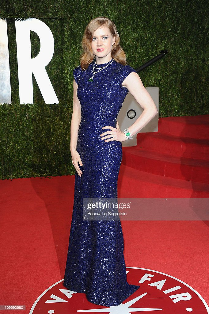 Actress <a gi-track='captionPersonalityLinkClicked' href=/galleries/search?phrase=Amy+Adams&family=editorial&specificpeople=213938 ng-click='$event.stopPropagation()'>Amy Adams</a> arrives at the Vanity Fair Oscar party hosted by Graydon Carter held at Sunset Tower on February 27, 2011 in West Hollywood, California.
