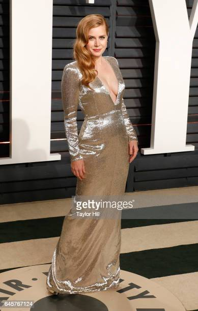 Actress Amy Adams attends 2017 Vanity Fair Oscar Party Hosted By Graydon Carter at Wallis Annenberg Center for the Performing Arts on February 26...
