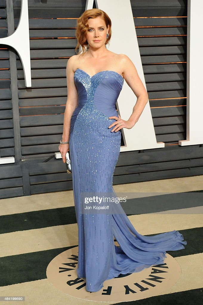 Actress <a gi-track='captionPersonalityLinkClicked' href=/galleries/search?phrase=Amy+Adams&family=editorial&specificpeople=213938 ng-click='$event.stopPropagation()'>Amy Adams</a> attends the 2015 Vanity Fair Oscar Party hosted by Graydon Carter at Wallis Annenberg Center for the Performing Arts on February 22, 2015 in Beverly Hills, California.