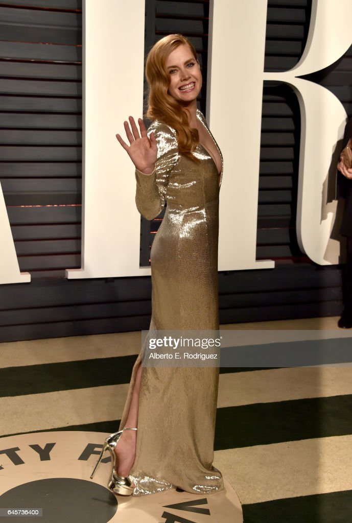 Actress Amy Adams attends the 2017 Vanity Fair Oscar Party hosted by Graydon Carter at Wallis Annenberg Center for the Performing Arts on February 26, 2017 in Beverly Hills, California.