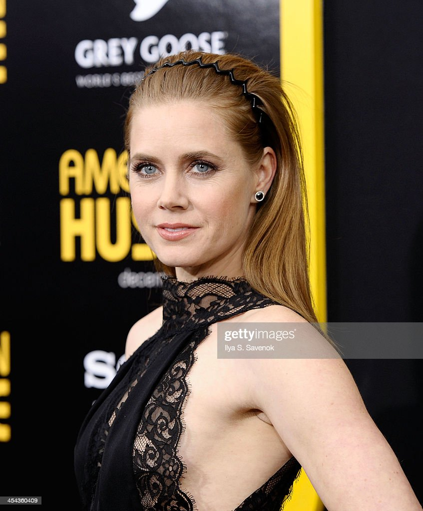 Actress Amy Adams attends the 'American Hustle' screening at Ziegfeld Theater on December 8, 2013 in New York City.