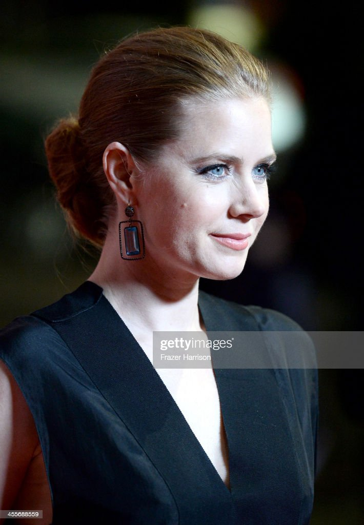 Actress <a gi-track='captionPersonalityLinkClicked' href=/galleries/search?phrase=Amy+Adams&family=editorial&specificpeople=213938 ng-click='$event.stopPropagation()'>Amy Adams</a> attends the premiere of Warner Bros. Pictures 'Her' at DGA Theater on December 12, 2013 in Los Angeles, California.