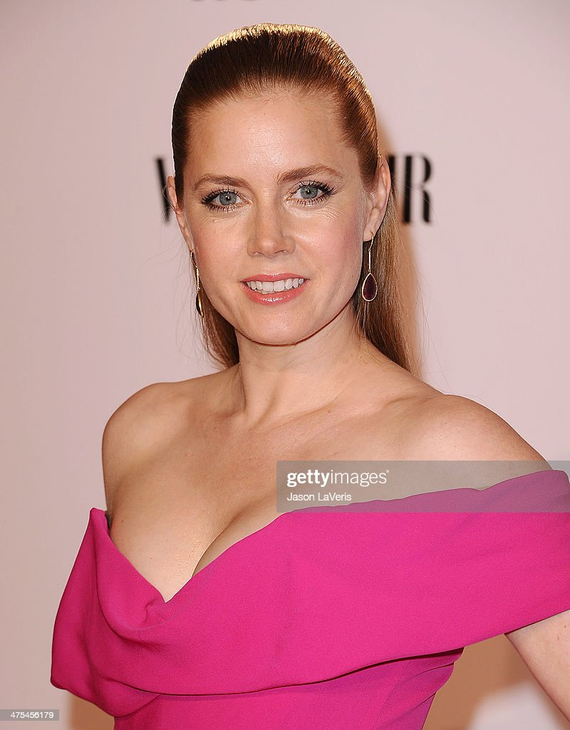 Actress <a gi-track='captionPersonalityLinkClicked' href=/galleries/search?phrase=Amy+Adams&family=editorial&specificpeople=213938 ng-click='$event.stopPropagation()'>Amy Adams</a> attends the Vanity Fair Campaign Hollywood 'American Hustle' toast at Ago Restaurant on February 27, 2014 in West Hollywood, California.