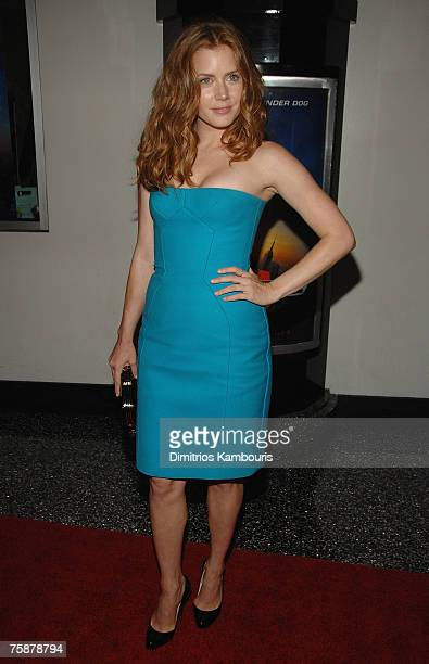 Actress Amy Adams attends 'Underdog' Premiere at Regal EWalk Theatre in New York City on July 30 2007