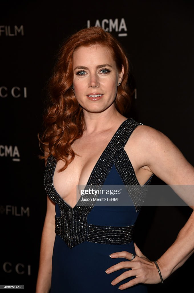 Actress <a gi-track='captionPersonalityLinkClicked' href=/galleries/search?phrase=Amy+Adams&family=editorial&specificpeople=213938 ng-click='$event.stopPropagation()'>Amy Adams</a>, wearing Gucci, attends the 2014 LACMA Art + Film Gala honoring Barbara Kruger and Quentin Tarantino presented by Gucci at LACMA on November 1, 2014 in Los Angeles, California.