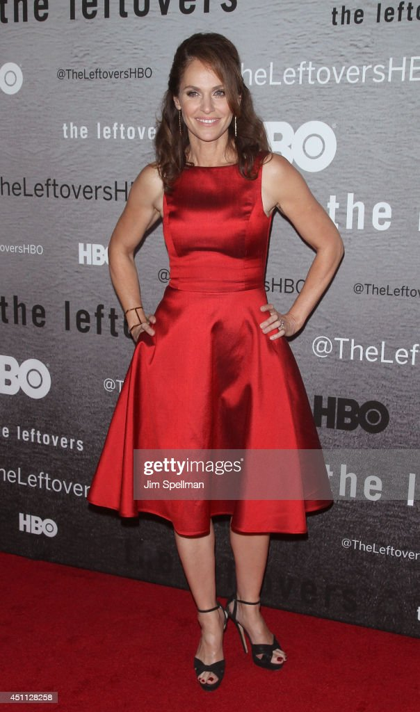 Actress <a gi-track='captionPersonalityLinkClicked' href=/galleries/search?phrase=Amy+Brenneman&family=editorial&specificpeople=209217 ng-click='$event.stopPropagation()'>Amy Brenneman</a> attends 'The Leftovers' premiere at NYU Skirball Center on June 23, 2014 in New York City.