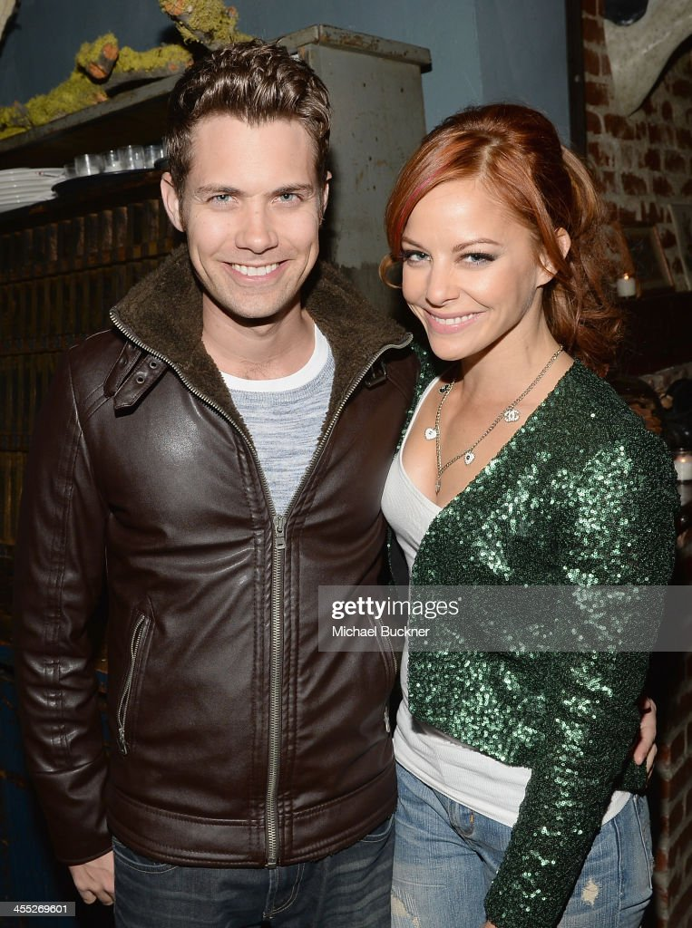 Actress <a gi-track='captionPersonalityLinkClicked' href=/galleries/search?phrase=Amy+Paffrath&family=editorial&specificpeople=2270596 ng-click='$event.stopPropagation()'>Amy Paffrath</a> and husband arrive at 'The Hobbit: The Desolation Of Smaug Expansion Pack' Kabam Mobile Game hits the red carpet at Eveleigh on December 11, 2013 in West Hollywood, California.
