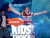 Actress Amy Poehler accepts the Favorite Voice From an Animated Movie award for 'Inside Out' onstage during Nickelodeon's 2016 Kids' Choice Awards at...