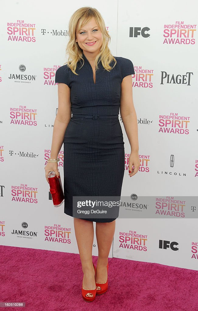 Actress Amy Poehler arrives at the 2013 Film Independent Spirit Awards at Santa Monica Beach on February 23, 2013 in Santa Monica, California.
