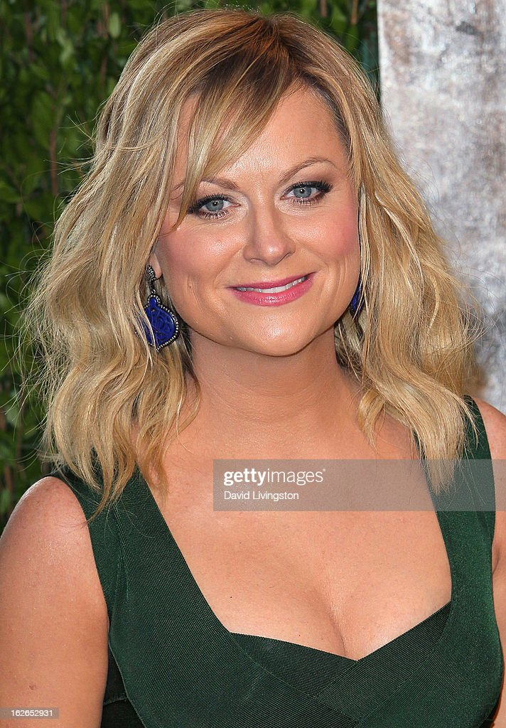 Actress Amy Poehler attends the 2013 Vanity Fair Oscar Party at the Sunset Tower Hotel on February 24, 2013 in West Hollywood, California.