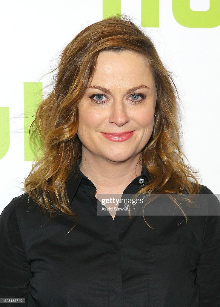 Actress <a gi-track='captionPersonalityLinkClicked' href=/galleries/search?phrase=Amy+Poehler&family=editorial&specificpeople=228430 ng-click='$event.stopPropagation()'>Amy Poehler</a> attends the 2016 Hulu Upftont on May 04, 2016 in New York, New York.