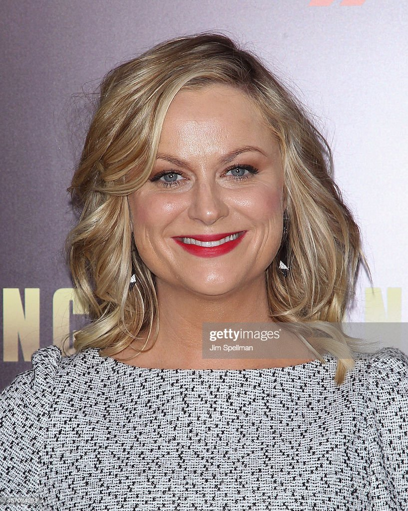 Actress <a gi-track='captionPersonalityLinkClicked' href=/galleries/search?phrase=Amy+Poehler&family=editorial&specificpeople=228430 ng-click='$event.stopPropagation()'>Amy Poehler</a> attends the 'Anchorman 2: The Legend Continues' U.S. premiere at Beacon Theatre on December 15, 2013 in New York City.