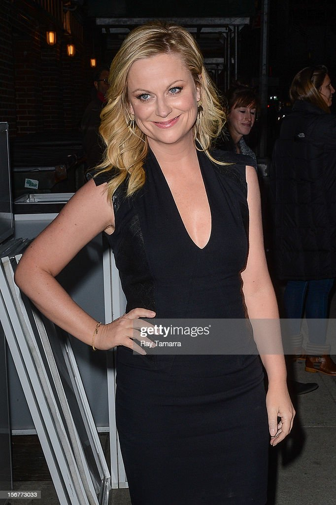 Actress Amy Poehler leaves the 'Late Show With David Letterman' taping at the Ed Sullivan Theater on November 20, 2012 in New York City.