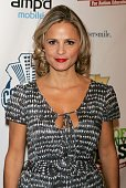 Actress Amy Sedaris attends the 'Night Of Too Many Stars An Overbooked Benefit For Autism Education' at the Beacon Theatre October 15 2006 in New...