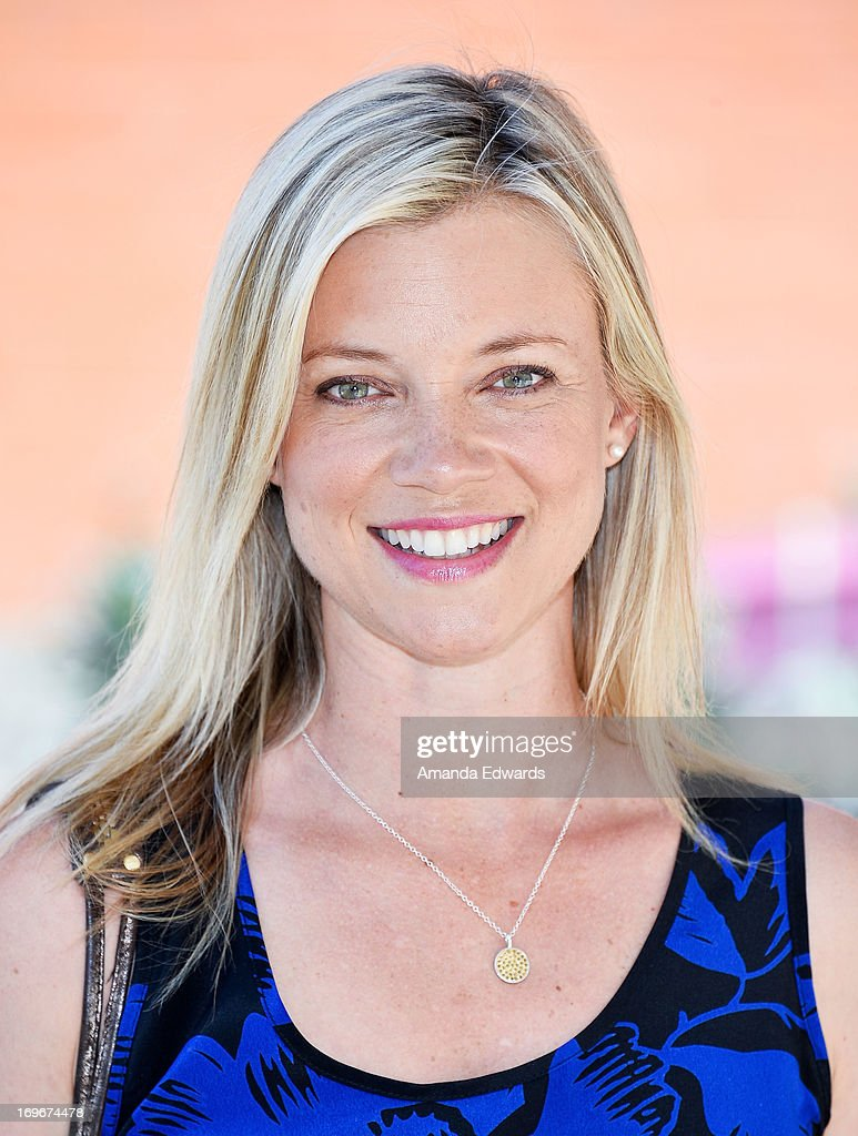Actress Amy Smart and The Environmental Media Association's Young Hollywood Board visit Helen Bernstein High School on May 30, 2013 in Hollywood, California.