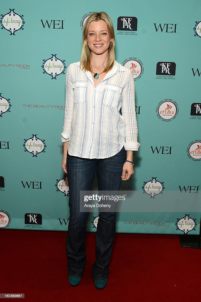 Actress <a gi-track='captionPersonalityLinkClicked' href=/galleries/search?phrase=Amy+Smart&family=editorial&specificpeople=239532 ng-click='$event.stopPropagation()'>Amy Smart</a> attends Kari Feinstein's Pre-Academy Awards Style Lounge at W Hollywood on February 22, 2013 in Hollywood, California.