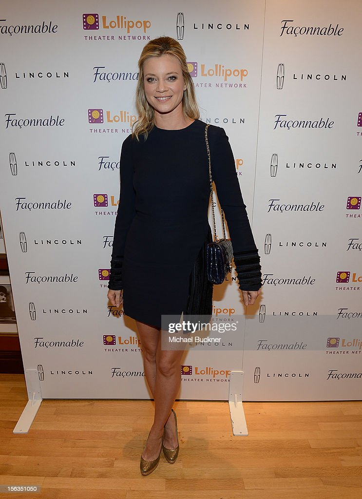 Actress <a gi-track='captionPersonalityLinkClicked' href=/galleries/search?phrase=Amy+Smart&family=editorial&specificpeople=239532 ng-click='$event.stopPropagation()'>Amy Smart</a> attends the Faconnable Kicks Off The Holidays Shopping Event Benefitting Lollipop Theater Network at Faconnable on November 13, 2012 in Beverly Hills, California.