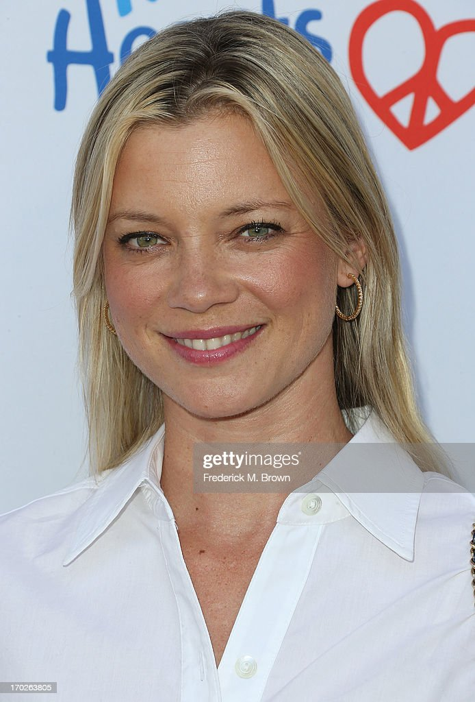 Actress Amy Smart attends the First Annual Children Mending Hearts Style Sunday on June 9, 2013 in Beverly Hills, California.