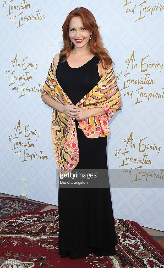 Actress <a gi-track='captionPersonalityLinkClicked' href=/galleries/search?phrase=Amy+Yasbeck&family=editorial&specificpeople=211474 ng-click='$event.stopPropagation()'>Amy Yasbeck</a> attends the 10th Annual Alfred Mann Foundation Gala in the Robinsons-May Lot on October 13, 2013 in Beverly Hills, California.