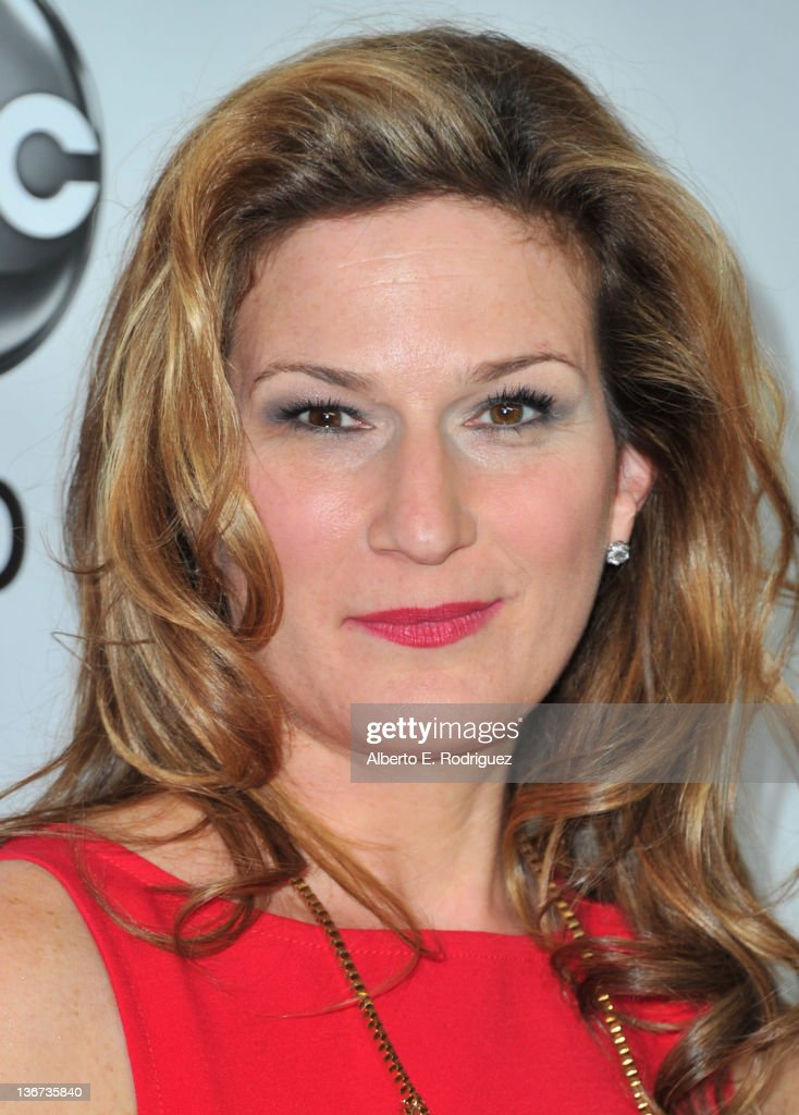 Actress Ana Gasteyer arrives to the Disney ABC Television Group's 'TCA Winter Press Tour' on January 10, 2012 in Pasadena, California.