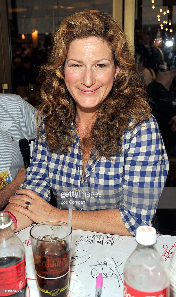 Actress <a gi-track='captionPersonalityLinkClicked' href=/galleries/search?phrase=Ana+Gasteyer&family=editorial&specificpeople=213902 ng-click='$event.stopPropagation()'>Ana Gasteyer</a> attends the 25th annual Broadway Flea Market at The Bernard B. Jacobs Theatre on September 25, 2011 in New York City.
