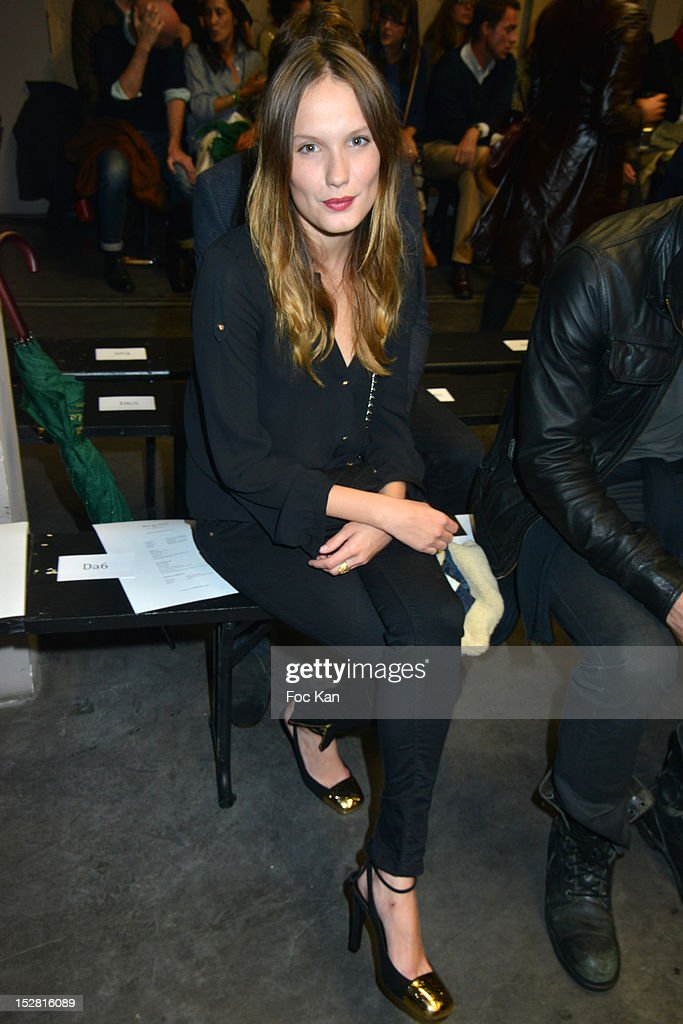 front row paris fashion week womenswear spring summer 2013 getty images. Black Bedroom Furniture Sets. Home Design Ideas