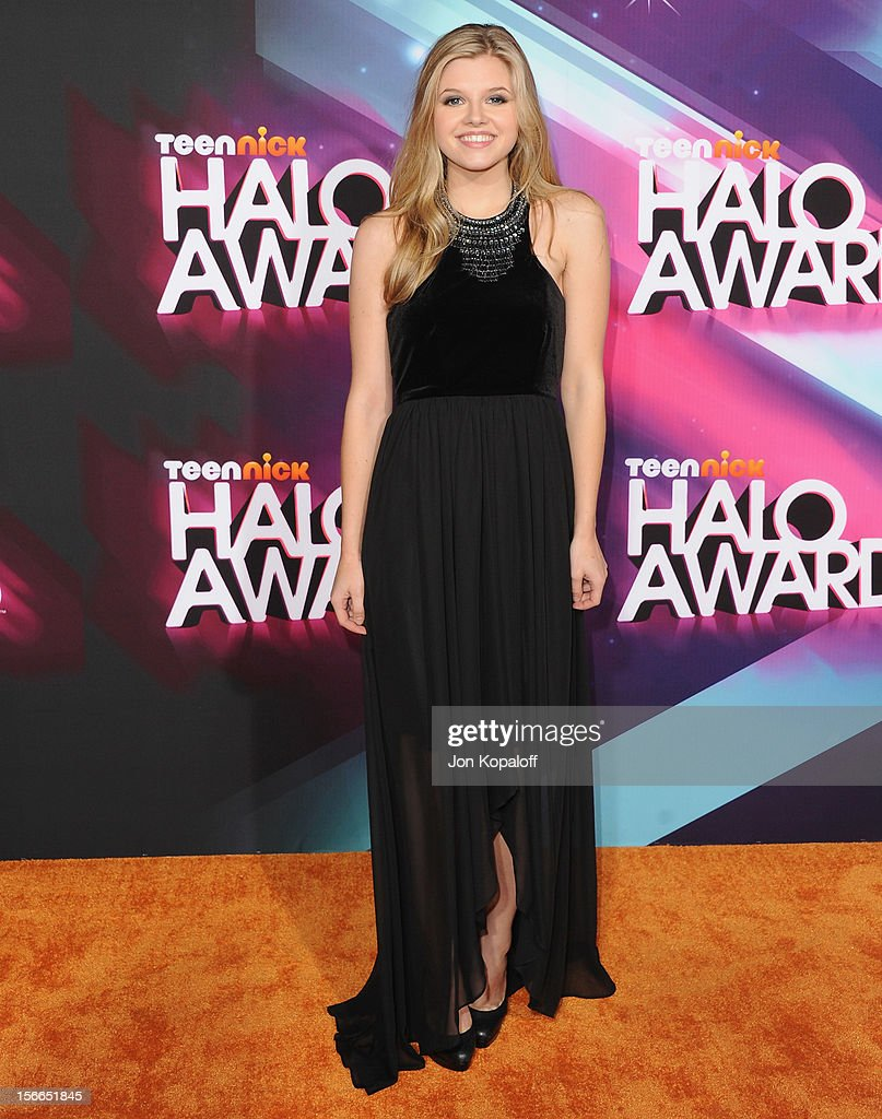 Actress Ana Mulvoy-Ten arrives at the TeenNick HALO Awards at The Hollywood Palladium on November 17, 2012 in Los Angeles, California.
