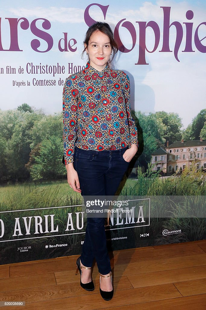Actress <a gi-track='captionPersonalityLinkClicked' href=/galleries/search?phrase=Anais+Demoustier&family=editorial&specificpeople=5361012 ng-click='$event.stopPropagation()'>Anais Demoustier</a> attends 'Les Malheurs de Sophie' Paris Premiere At Pathe Grenelle on April 10, 2016 in Paris, France.
