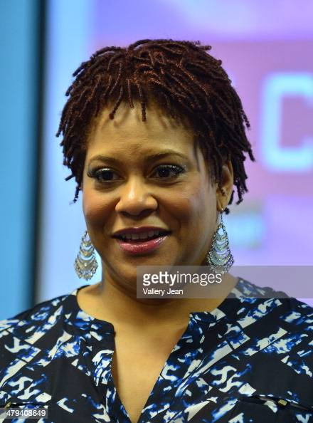 Actress and Comedian Kim Coles speaks and sign copies of her book 'Gratitude Journal Choose to Live Life Out Loud' to discuss her story of gratitude...