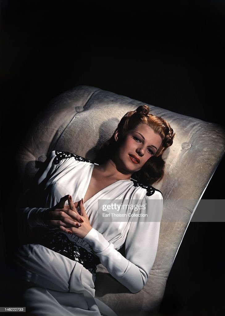 Actress and dancer <a gi-track='captionPersonalityLinkClicked' href=/galleries/search?phrase=Rita+Hayworth&family=editorial&specificpeople=70013 ng-click='$event.stopPropagation()'>Rita Hayworth</a> poses for a portrait circa 1944 in Los Angeles, California.
