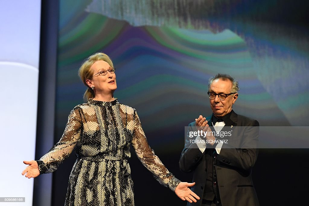 US actress and jury president Meryl Streep (L) and festival director Dieter Kosslick take the stage prior to the film 'Hail, Caesar!' screening as opening film of the 66th Berlinale Film Festival in Berlin on February 11, 2016. Eighteen pictures will vie for the Golden Bear top prize at the event which runs from February 11 to 21, 2016. / AFP / TOBIAS SCHWARZ