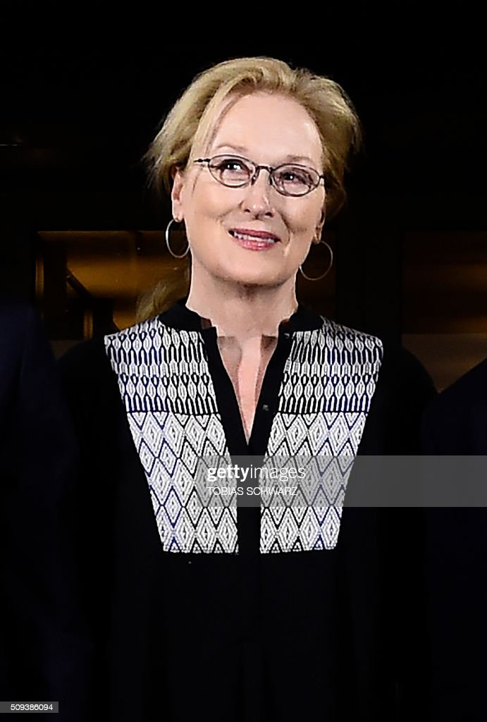 US actress and jury president Meryl Streep poses for photographers on the eve of the opening of the Berlinale film festival in Berlin on February 10, 2016. / AFP / TOBIAS SCHWARZ
