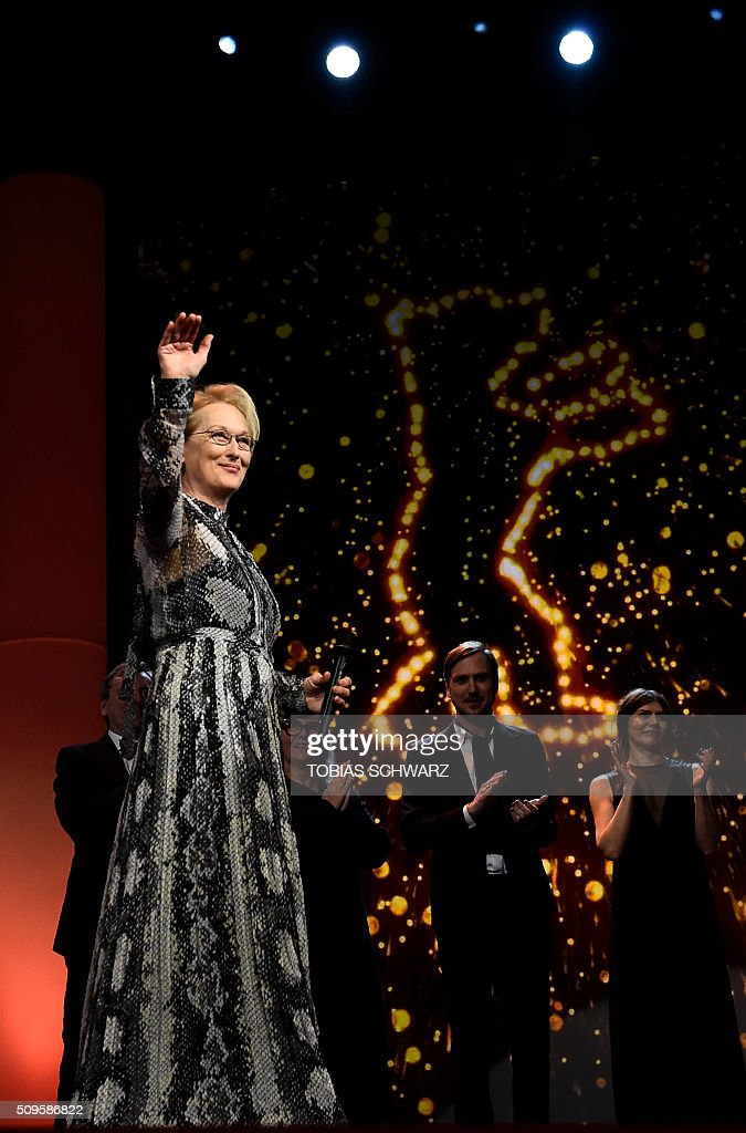 US actress and jury president Meryl Streep waves prior to the film 'Hail, Caesar!' screening as opening film of the 66th Berlinale Film Festival in Berlin on February 11, 2016. Eighteen pictures will vie for the Golden Bear top prize at the event which runs from February 11 to 21, 2016. / AFP / TOBIAS SCHWARZ