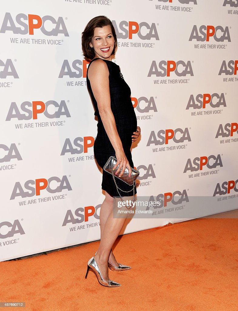 Actress and model <a gi-track='captionPersonalityLinkClicked' href=/galleries/search?phrase=Milla+Jovovich&family=editorial&specificpeople=202207 ng-click='$event.stopPropagation()'>Milla Jovovich</a> arrives at the ASPCA cocktail party honoring Kaley Cuoco-Sweeting and Nikki Reed with ASPCA Compassion Awards at a private residence on October 22, 2014 in Belair, California.