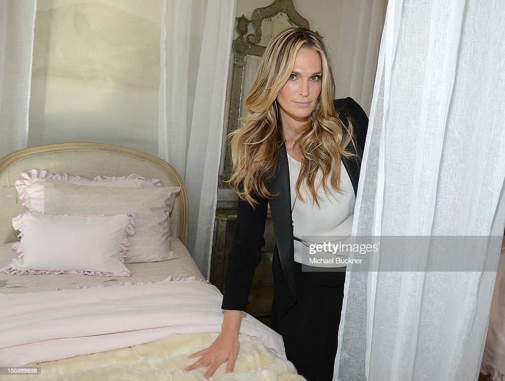 Actress and parent <a gi-track='captionPersonalityLinkClicked' href=/galleries/search?phrase=Molly+Sims&family=editorial&specificpeople=202547 ng-click='$event.stopPropagation()'>Molly Sims</a> attends the Restoration Hardware Baby And Child Gallery Opening at Third Street Promenade on November 10, 2012 in Santa Monica, California.