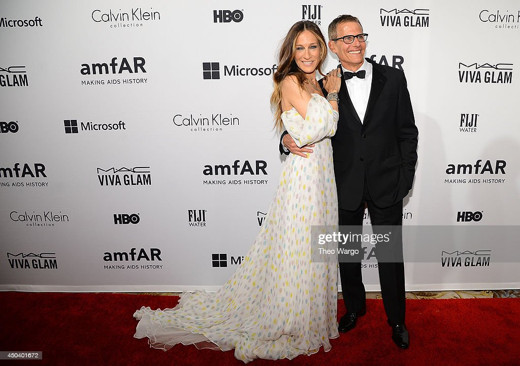 Actress and presenter <a gi-track='captionPersonalityLinkClicked' href=/galleries/search?phrase=Sarah+Jessica+Parker&family=editorial&specificpeople=201693 ng-click='$event.stopPropagation()'>Sarah Jessica Parker</a> and HBO's programming president <a gi-track='captionPersonalityLinkClicked' href=/galleries/search?phrase=Michael+Lombardo&family=editorial&specificpeople=4323695 ng-click='$event.stopPropagation()'>Michael Lombardo</a> attends the amfAR Inspiration Gala New York 2014 at The Plaza Hotel on June 10, 2014 in New York City.