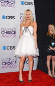 Actress and show host Kaley Cuoco poses in the press room at the 39th Annual People's Choice Awards at Nokia Theatre LA Live on January 9 2013 in Los...