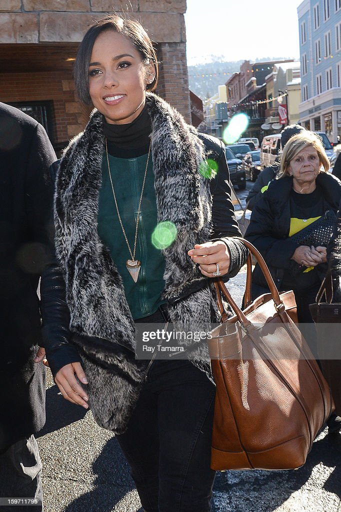 Actress and singer <a gi-track='captionPersonalityLinkClicked' href=/galleries/search?phrase=Alicia+Keys&family=editorial&specificpeople=169877 ng-click='$event.stopPropagation()'>Alicia Keys</a> walks in Park City on January 18, 2013 in Park City, Utah.