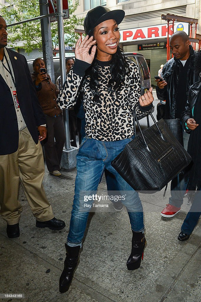 Actress and singer <a gi-track='captionPersonalityLinkClicked' href=/galleries/search?phrase=Brandy+Norwood&family=editorial&specificpeople=202122 ng-click='$event.stopPropagation()'>Brandy Norwood</a> enters the 'Wendy Williams Show' taping at the Chelsea Studios on October 18, 2012 in New York City.