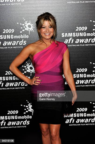 Actress and Singer Holly Valance arrives for the 2009 Samsung Mobile AFI Awards at the Regent Theatre on December 12 2009 in Melbourne Australia