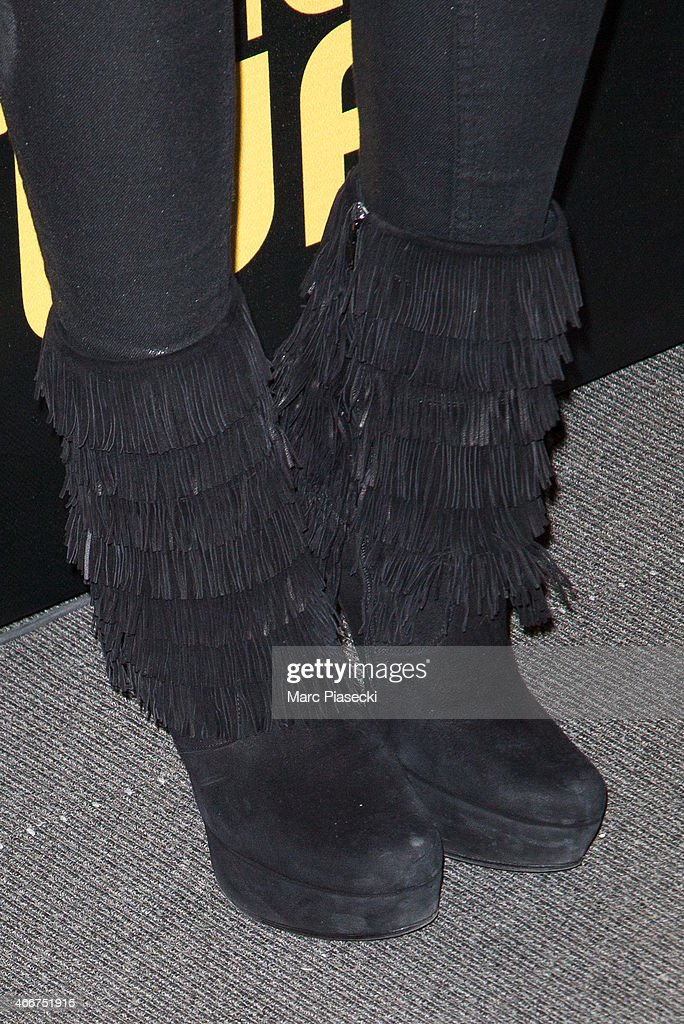 Actress and singer Izia Higelin (shoe detail) attends the 'American Bluff' Paris Premiere at Cinema UGC Normandie on February 3, 2014 in Paris, France.