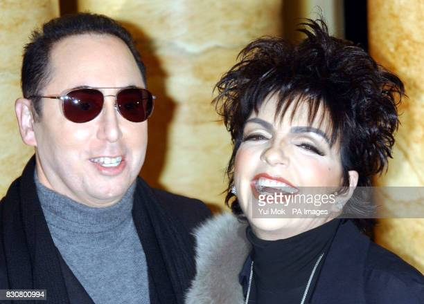 Actress and singer Liza Minnelli with her fiance David Gest during a press conference at The Dorchester Hotel * London Thursday where she announced...