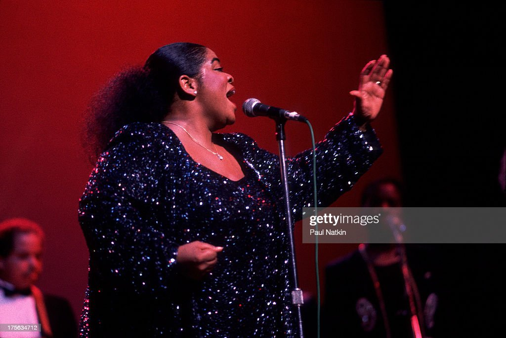 Actress and singer <a gi-track='captionPersonalityLinkClicked' href=/galleries/search?phrase=Nell+Carter&family=editorial&specificpeople=892544 ng-click='$event.stopPropagation()'>Nell Carter</a> at the Aire Crown theater, Chicago, Illinois, October 13, 1990.