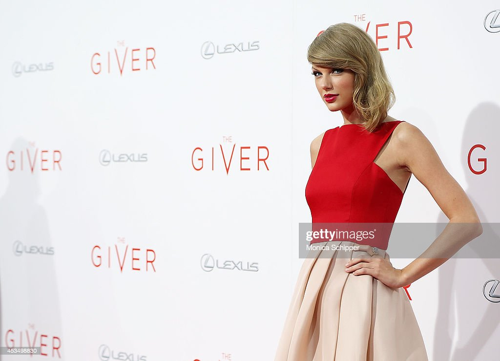 Actress and singer Taylor Swift attends 'The Giver' premiere at Ziegfeld Theater on August 11 2014 in New York City
