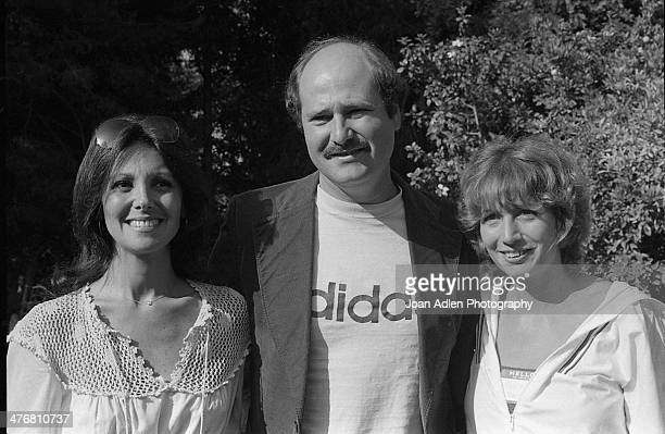 Actress and social activist Marlo Thomas poses for a picture with actor and activist Rob Reiner and his sister actress Penny Marshall at an ERA event...