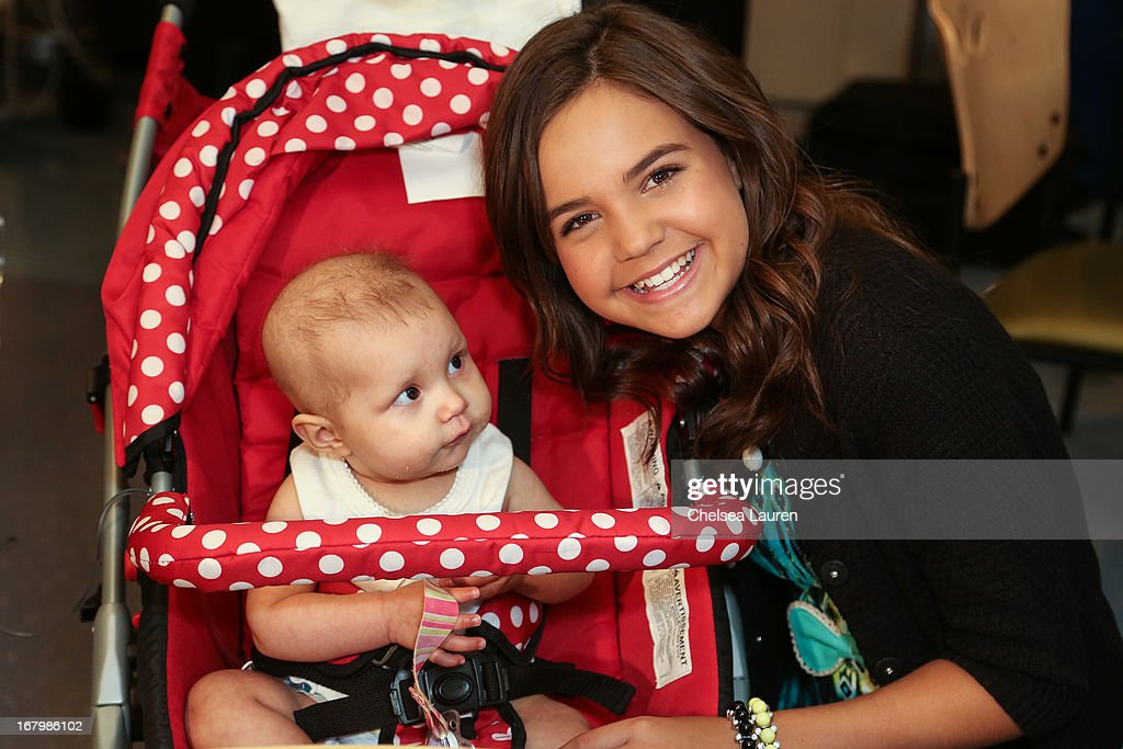 Actress and Starlight Ambassador <a gi-track='captionPersonalityLinkClicked' href=/galleries/search?phrase=Bailee+Madison&family=editorial&specificpeople=4136620 ng-click='$event.stopPropagation()'>Bailee Madison</a> (R) attends Starlight Day at Children's Hospital LA at Childrens Hospital Of Los Angeles on May 3, 2013 in Los Angeles, California.