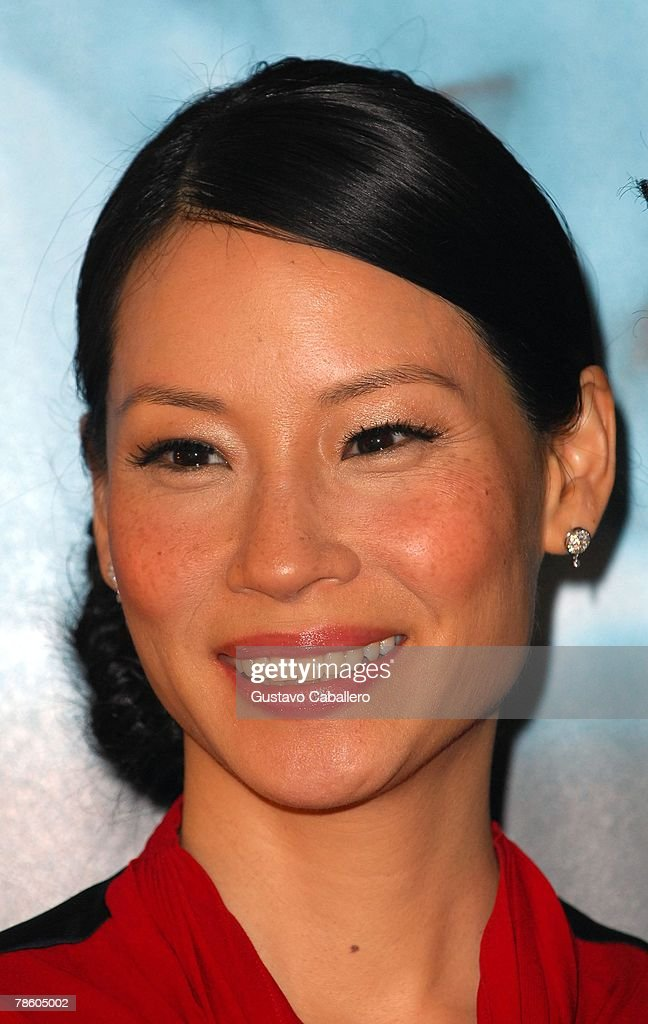Actress and UNICEF Ambassador Lucy Liu wearing Montblanc jewelry at the company's boutique to support the special-edition Meisterstuck 149 which bears her signature December 6, 2007 in Miami, Florida.