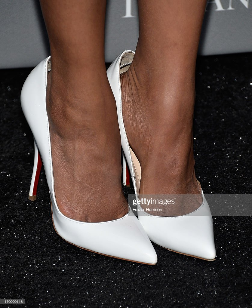 Actress and Vanguard Award presenter Kerry Washington (fashion detail) attend the 2013 'Celebrate Sundance Institute' Los Angeles Benefit hosted by Tiffany & Co. at The Lot on June 5, 2013 in West Hollywood, California.