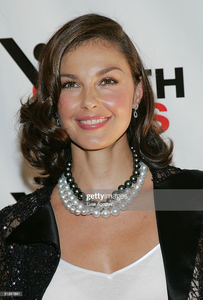 Actress and YouthAIDS Global Ambassador <a gi-track='captionPersonalityLinkClicked' href=/galleries/search?phrase=Ashley+Judd&family=editorial&specificpeople=171188 ng-click='$event.stopPropagation()'>Ashley Judd</a> attends the YouthAIDS benefit gala on September 23, 2004 at Capitale, in New York City.